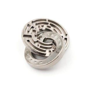 Zinc alloy labyrinth lock